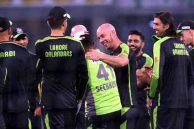 """""""میری چھٹی حس کہہ رہی ہے کہ آج لاہور قلندرز کی رات ہے"""""""