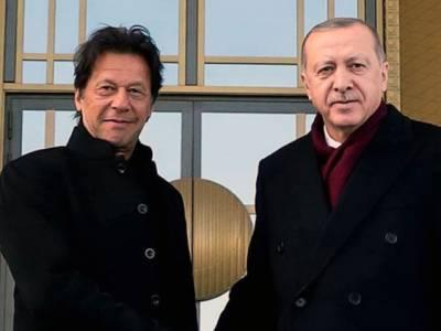 وزیراعظم اور ترک صدر جب طیب اردوان کے درمیان ٹیلی فونک رابطہ،دہشت گردی کے خلاف جنگ میں پاکستان ترکی کے ساتھ کھڑا ہے:عمران خان