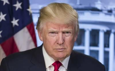 امریکی صدر بھی کرونا وائرس سے متاثر؟ ٹرمپ سے مبینہ مریض اوررکن کانگریس کامصافحہ، تشویشناک خبرسامنے آگئی