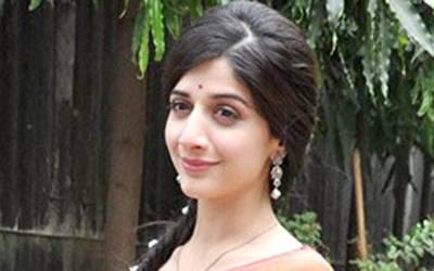 اداکارہ ماورا حسین کا ڈرائیونگ لائسنس ضبط کرلیا گیا