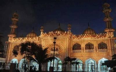 ملک بھر میں شب معراج النبی ﷺ نہایت عقیدت و احترام کے ساتھ منائی جارہی ہے