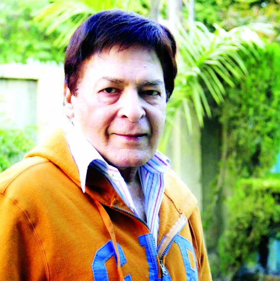 پاکستان میں ٹیلنٹ نہیں پروفیشنلزم کی کمی ہے' قوی خان
