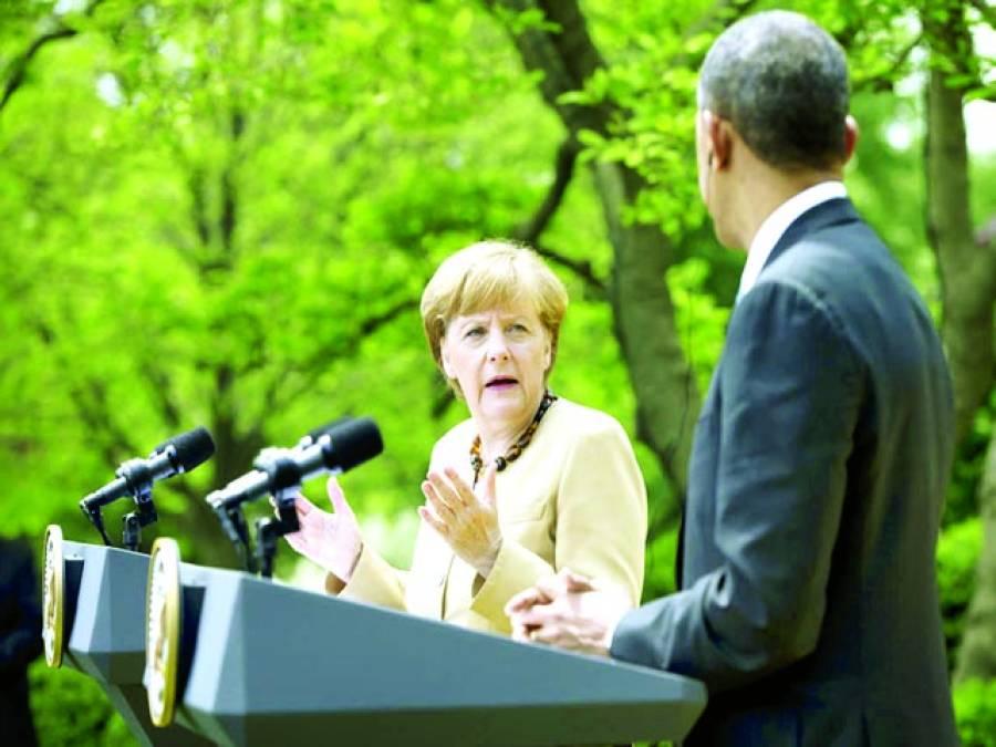 واشنگٹن: امریکی صدر بارک اوباما جرمن چانسلر انجیلا مرکل کے ہمراہ وائٹ ہاﺅس میں پریس کانفرنس سے خطاب کر رہے ہیں