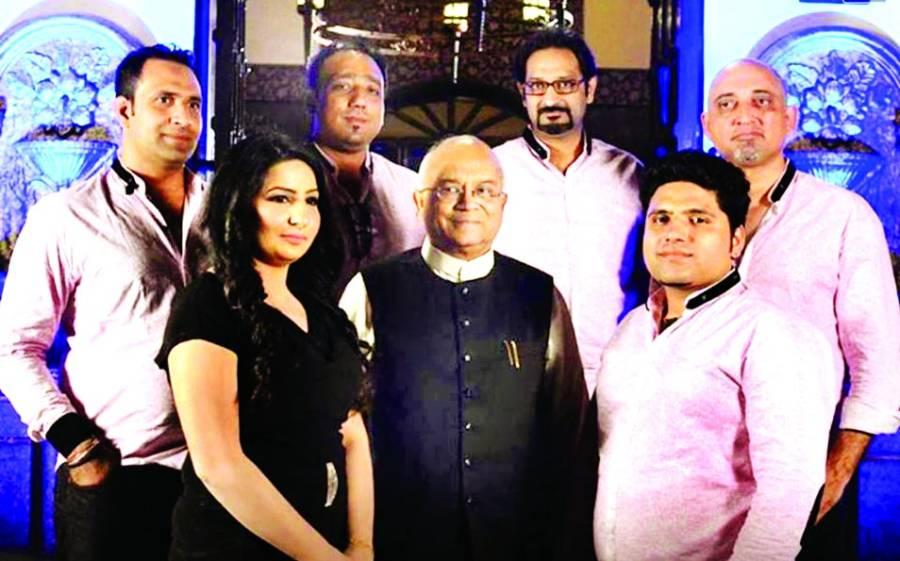 حوریہ خان کی بھارتی ریسرچ سکالر و صحافی ودیک کھنّہ سے ملاقات