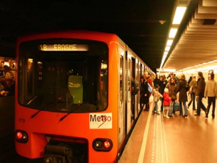اورنج لائن میٹرو ٹرین۔۔۔ عوامی فلاح کا منصوبہ، متنازعہ نہ بنایا جائے