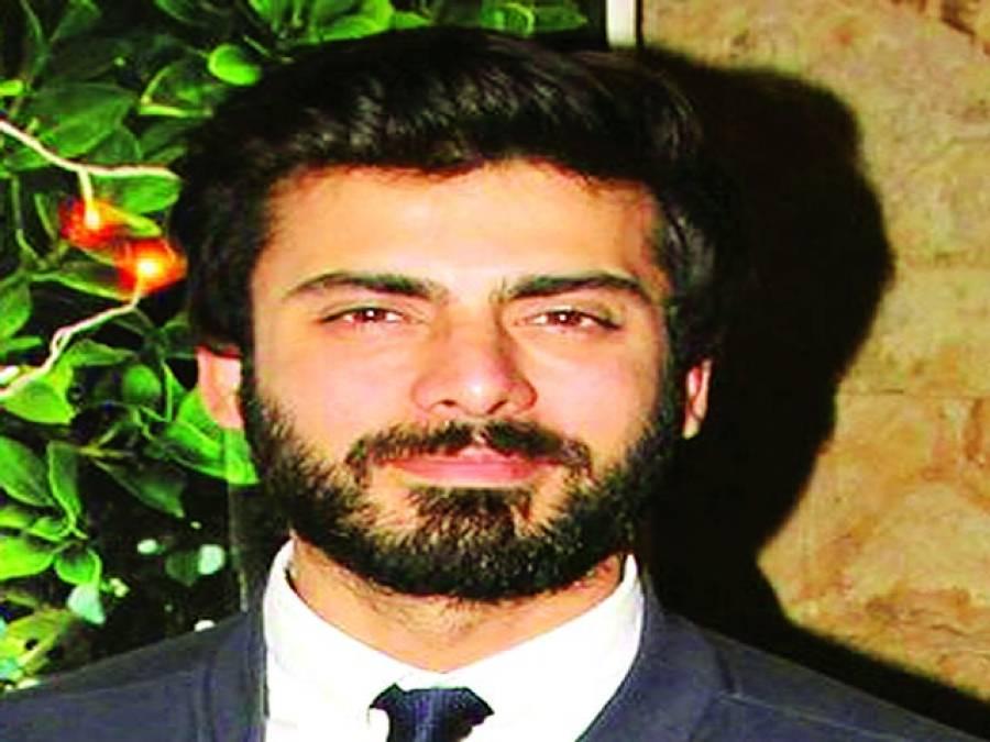 اداکارفواد خان نے موسٹ فیشنسٹا آف دا ایئر ایوراڈ میں شاہ رخ کو پیچھے چھوڑ دیا