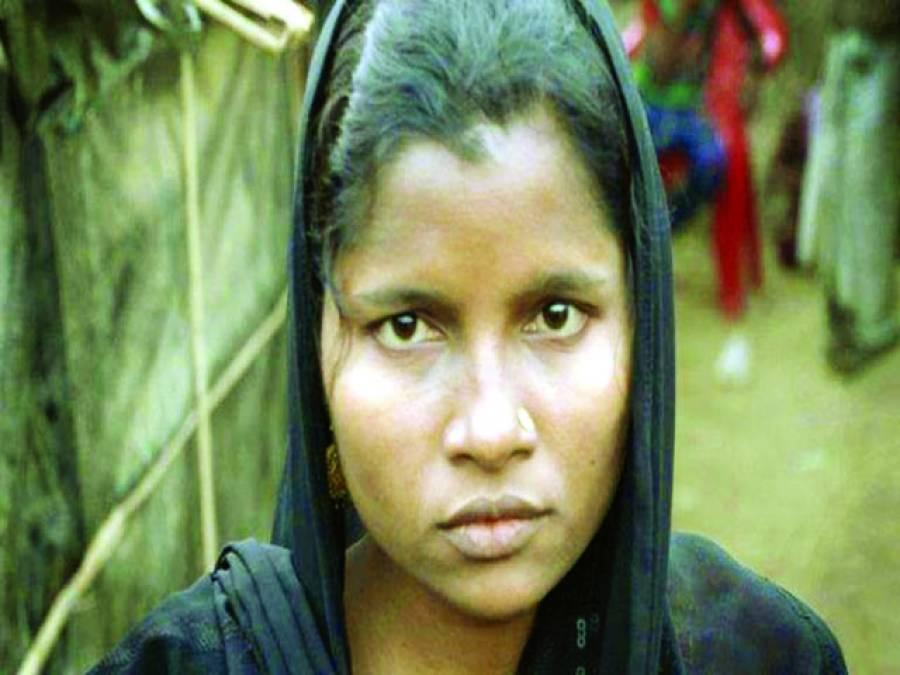 میانمار ، روہنگیا خاتون سے بد اخلاقی شکایت پر ظلم کے پہاڑ توڑ دیئے