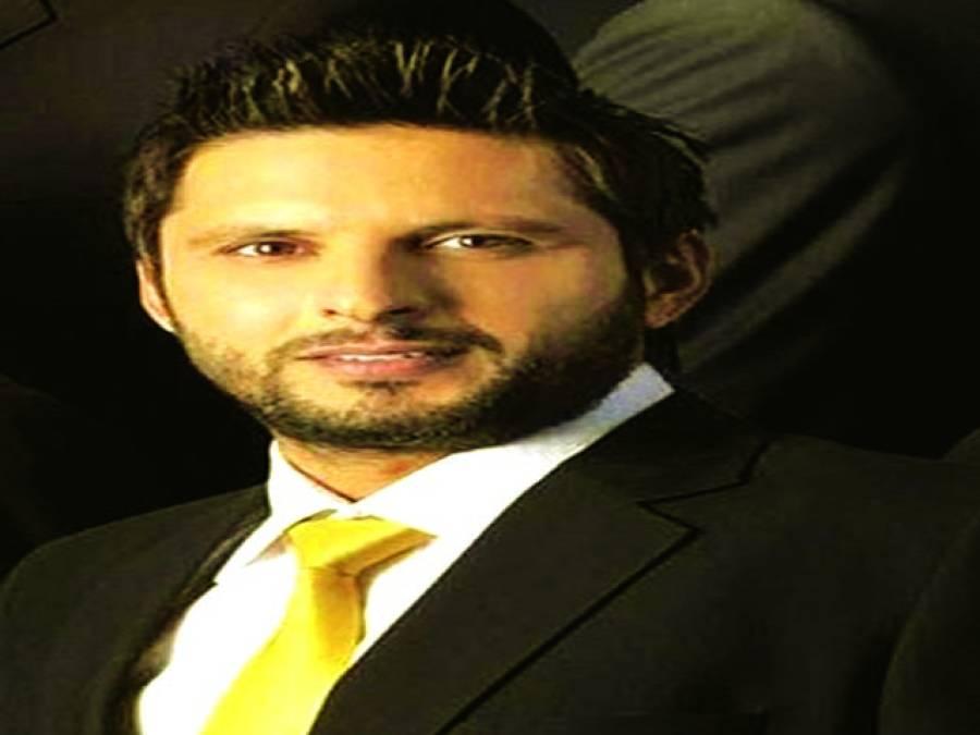 کراچی کنگز اور لاہور قلندرزکی آفریدی کیلئے کوششیں شروع