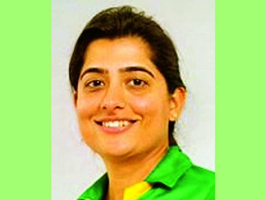 قومی ویمن ٹیم کا اعلان ، ثناء میر عام کھلاڑی کے روپ میں پھر شامل
