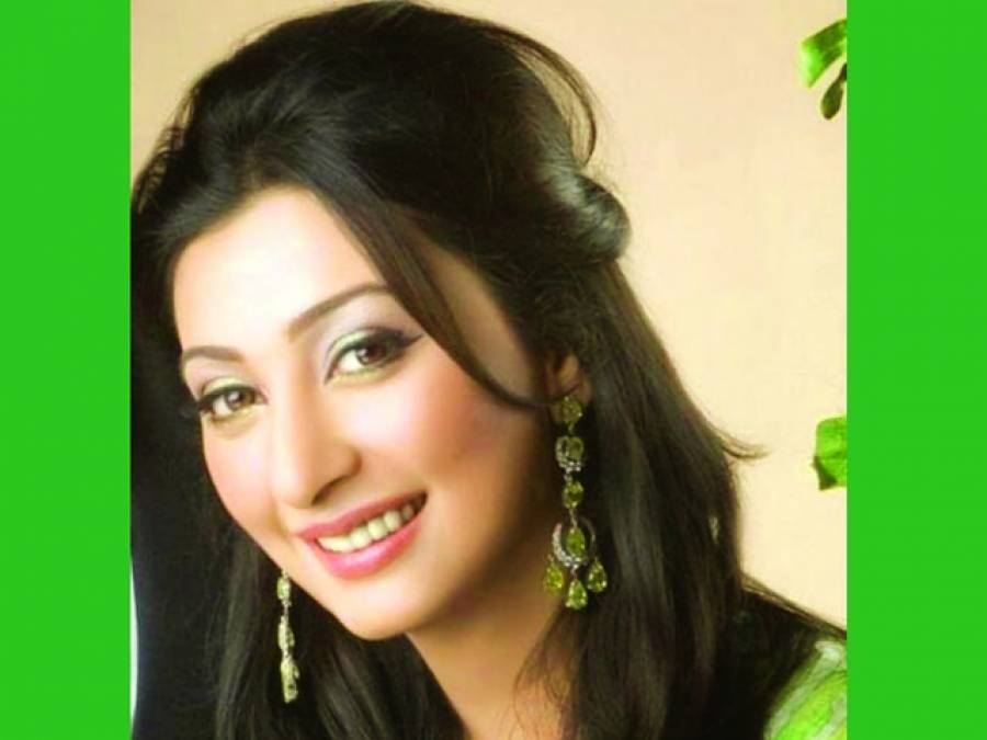 اداکارہ عائشہ خان کی ساس اسما ء قدیر رکن قومی اسمبلی منتخب