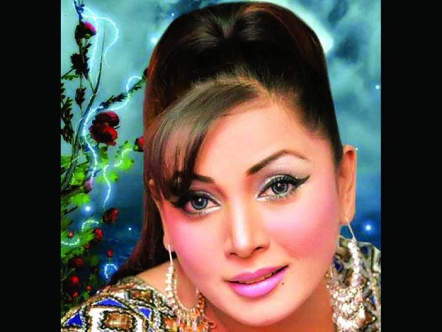 بھارتی گلوکارہ نے زارا اکبر کو بھارت آنے کی دعوت دیدی