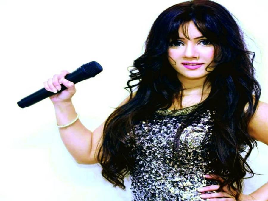 گلوکاری کے شعبے میں آنے والے نوجوان با اعتماد ہیں،رابی پیرزادہ