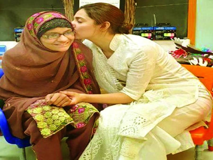 ماہرہ خان کی کینسر میں مبتلا بچی سے اس کی خواہش پر ملاقات