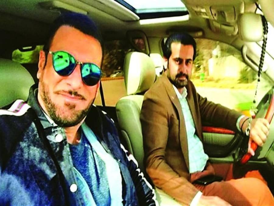 """شمعون عباسی نئی فلم """"ڈھائی چال"""" کی شوٹنگ میں مصروف"""