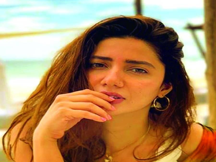 """ماہرہ خان کے بالی ووڈ کے پہلے پراجیکٹ ''رئیس"""" کے 3 سال مکمل"""