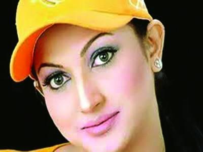 گھریلوزندگی پربھرپورتوجہ دیناچاہتی ہوں: فلمسٹار ثنا