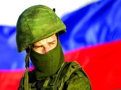 ماسکو:روسی فوجی پہرہ دے رہا ہے
