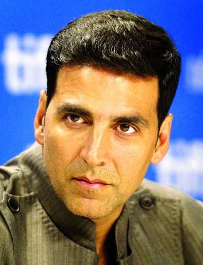 """اکشے کمار کی فلم """"انٹرٹینمٹ"""" کا ریلیز کے پہلے روز گیارہ کروڑ 57 لاکھ روپے کا بزنس"""