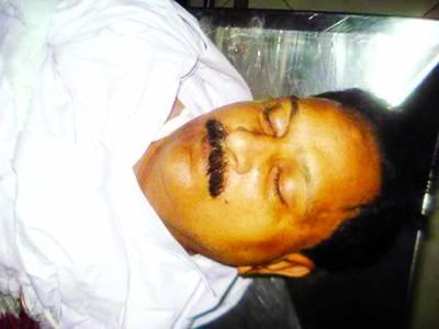 گلشن اقبال ڈاکوؤں نے 2 بچوں کے باپ کو گھر کی دہلیز پر فائرنگ کرکے موت کے گھاٹ اتار دیا