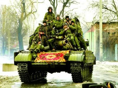 کیف: یوکرینی حامی گشت کر رہے ہیں