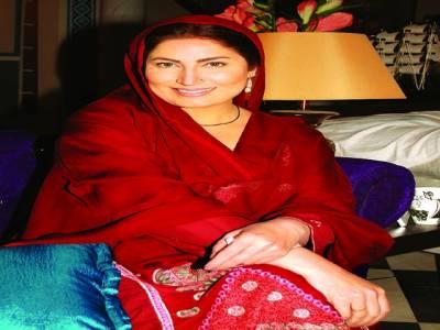 ''عاشق حسین'' کی ریکارڈنگ میں حصّہ لینے کے لئے صائمہ کی کراچی روانگی