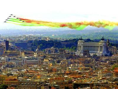 روم: اٹلی کے جہاز فضا میں آزمائشی پرواز کر رہے ہیں