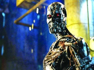 جلد ہی مشینوں کی ترقی کی رفتار انسانوں سے بھی تیز ہوجائے گی،برطانوی سائنسدان