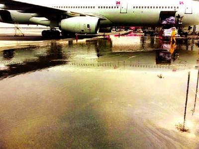 100 ارب روپے کی لاگت سے تیار ہونے والا ائیرپورٹ جو ڈوب رہا ہے