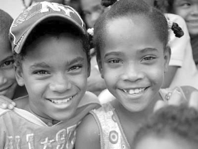 دنیا کا وہ انوکھا ترین گاؤں جہاں لڑکے بھی پیدائش کے موقع پر لڑکیاں ہوتے ہیں