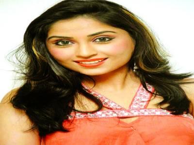 مجھے ہندی فلموں میں اداکاری کی آفرز ہیں، ایشوریہ ناگ