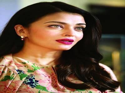فلم جذبہ کی کامیابی کی بہت خوشی ہے ، بھارتی اداکارہ ایشوریہ