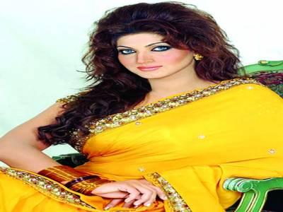 فلمسٹار ثناء نے بھارتی انتہاء پسند تنظیم شیو سینا کو دہشت گرد قرار دیدیا