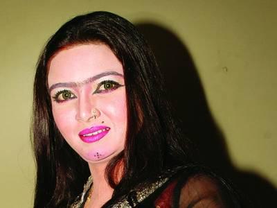 سٹیج ڈرامہ ''تیری میری دوستی''میں ڈاکٹر آئمہ خان کی شاندار پرفارمنس