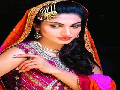 فلمسٹار ثناء اپنی فلم '' ہجرت '' کی پروموشن کیلئے (کل )دبئی روانہ ہوں گی