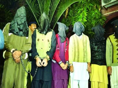 بیکریوں فوڈ سٹریٹ ریسٹورنٹ اور شہریوں کو لوٹنے والے 2 گروہوں کے9 ملزمان گرفتار