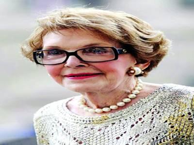 نینسی ریگن 94 سال کی عمر میں دل کا دورہ پڑنے سے انتقال کرگئیں