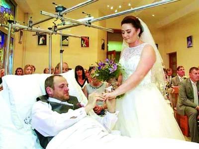 ٹانگ ٹوٹنے سے دولہا ہسپتال جا پہنچا، شادی ہسپتال میں کرنا پڑی