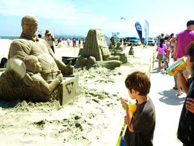لاس اینجلس میں ریت سے مجسمے بنانے کا 84 واں مقابلہ،شائقین کی بھرپور دلچسپی