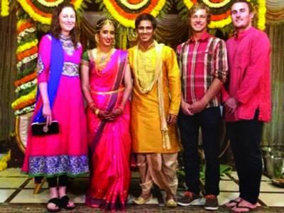 بھارت میں اب شادی کے ٹکٹ بھی ''برائے فروخت''