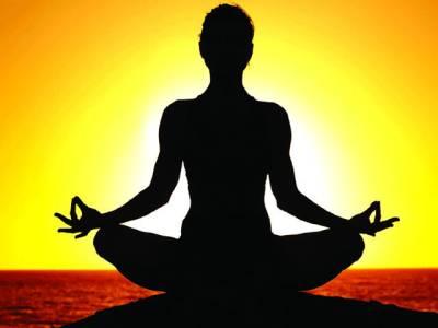 یوگا اورآکوپنکچرسے پرانا درد ختم کیا جاسکتا ہے، امریکی ادارہ صحت