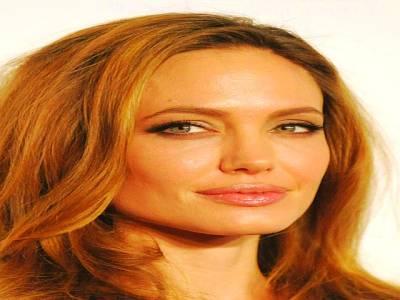ہالی ووڈ اداکارہ انجلینا جولی سے ایف بی آئی کی تفتیش