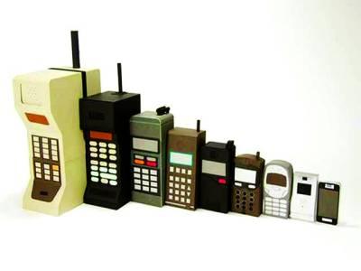 موبائل فون کی ایجاد کو 44 برس مکمل ہوگئے