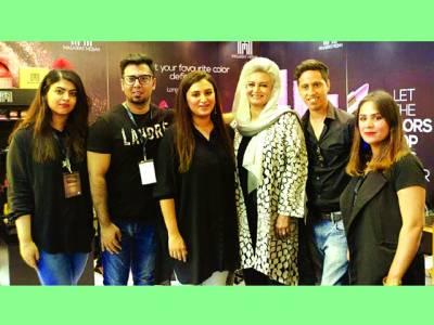 پاکستان ویڈنگ شو میں مسرت مصباح میک اپ کی شاندار پذیرائی