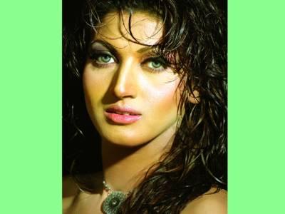 جس فلم میں بھی اداکاری کروں و ہ شائقین کو پسند آئی،ثناء