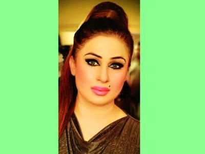 پاکستان فلم انڈسٹری کھویا ہوا مقام دوبارہ حاصل کرلے گی،ہنی شہزادی