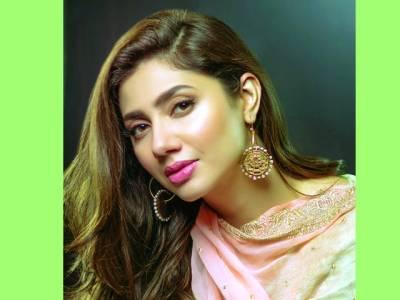 پاکستانی فلم انڈسڑی کو بھی کوبھارتی انڈسڑی جیساآباد دیکھنا چاہتی ہوں:ماہرہ خان