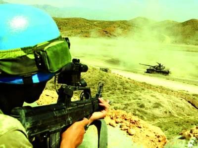 بیجنگ: چینی فوجی جنگی مشق کر رہے ہیں