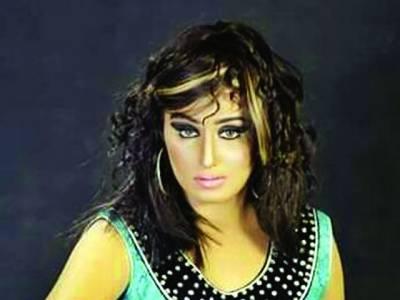 شوبز انڈسٹری چھوڑنے کا تصور بھی نہیں کرسکتی:مایا سونو خان