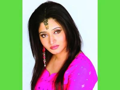پاکستانی فلموں کا معیار بہت الگ ہے ،فرحانہ مقصود