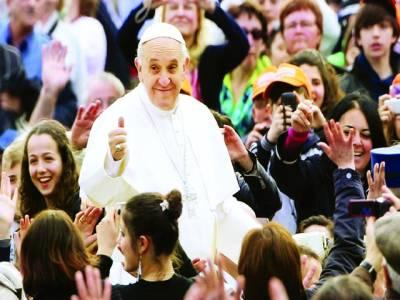 ویٹی گن: پوپ فرانسس نعروں کا جواب دے رہے ہیں